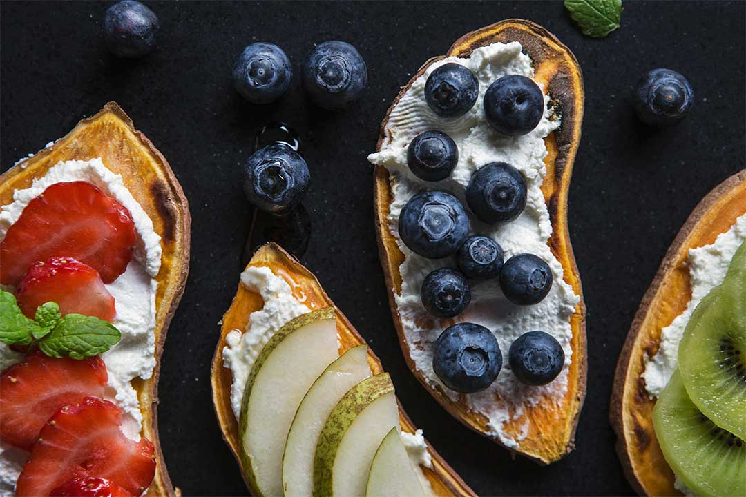 Absolutnie dobre - Tosty z batata z owocami