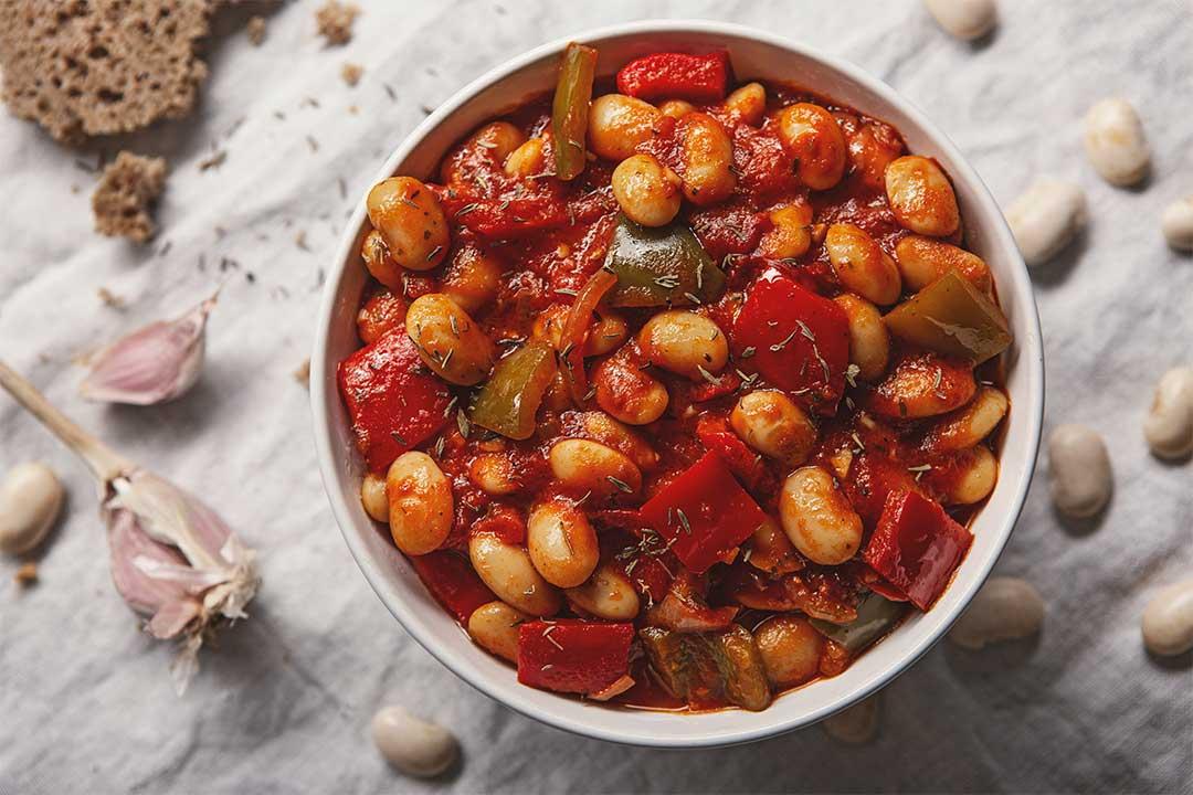 Absolutnie dobre - Wegetariański gulasz z fasoli z papryką i pomidorami